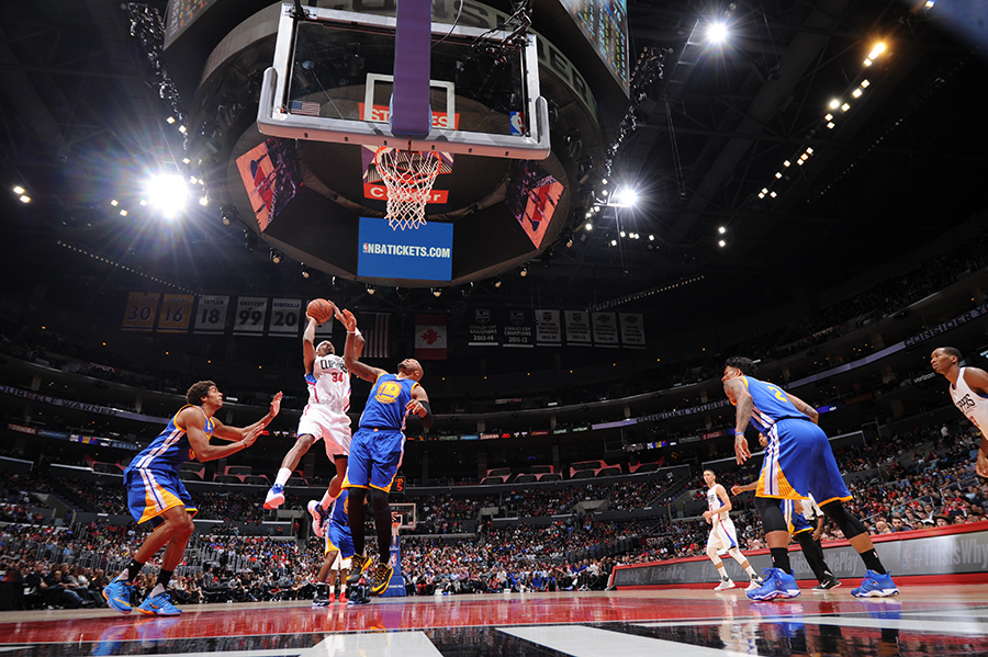 LOS ANGELES, CA - OCTOBER 20:  Paul Pierce #34 of the Los Angeles Clippers goes to the basket against the Golden State Warriors on October 20, 2015 at STAPLES Center in Los Angeles, California. NOTE TO USER: User expressly acknowledges and agrees that, by downloading and/or using this Photograph, user is consenting to the terms and conditions of the Getty Images License Agreement. Mandatory Copyright Notice: Copyright 2015 NBAE (Photo by Andrew D. Bernstein/NBAE via Getty Images)